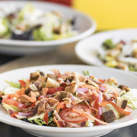 Own a Salad Franchise   Tom & Chee Opportunities