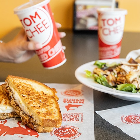 Grilled Cheese Franchise: Reasons to Open a Tom & Chee